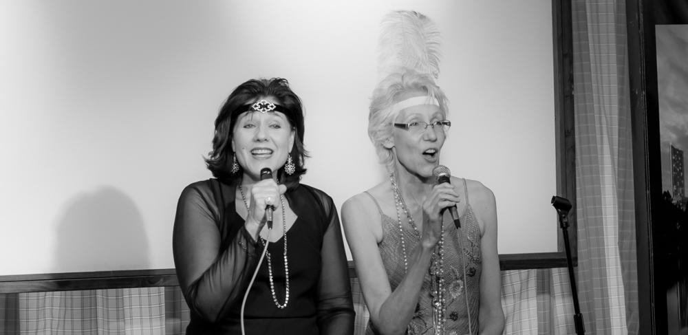 Happy Days duet with sister Laura Bezden
